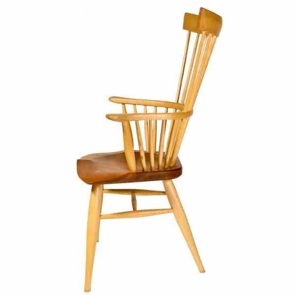 Minimalist-Comb-Armchair-side-slider